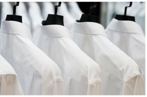 از بین بردن لکه از روی لباس سفید با 3 روش ساده